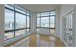 High End Spacious  2 Beds 2 Bath in Historic Brooklyn Heights